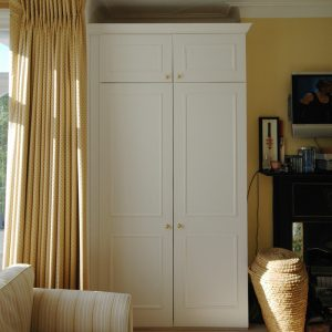 Wardrobe by Lahart Carpentry